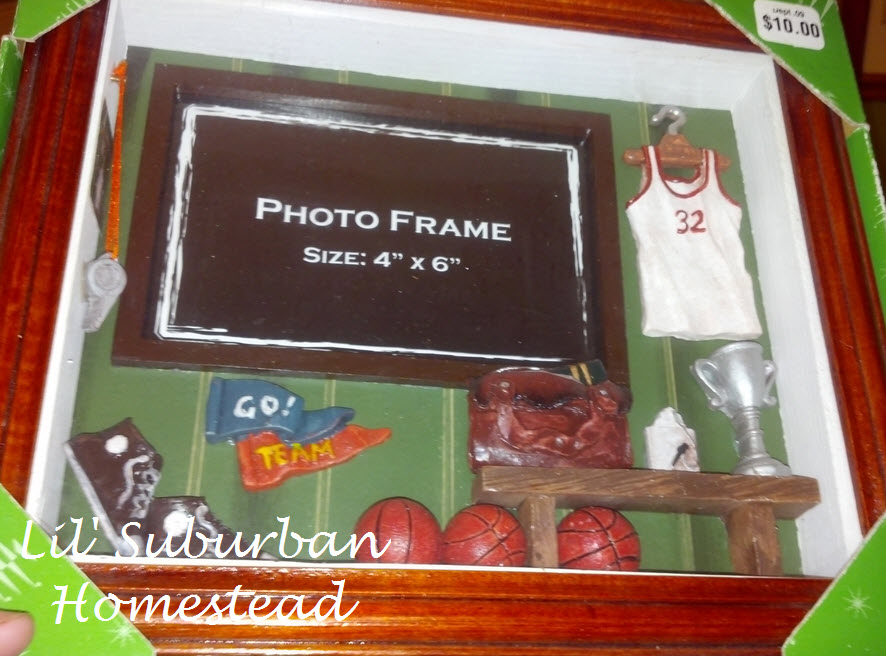 sport picture frame originally valued at 10 bux