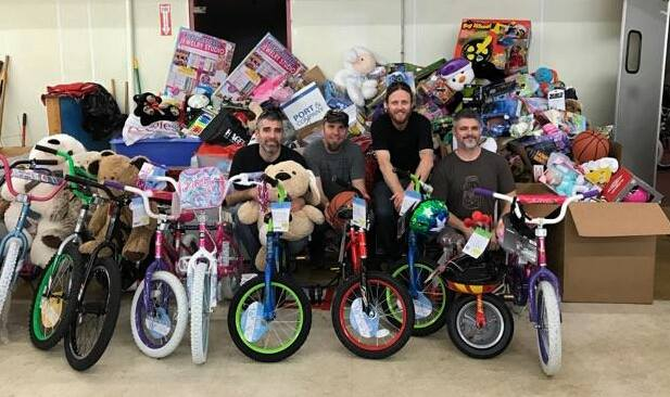L Shape Lot Toys For Tots Show